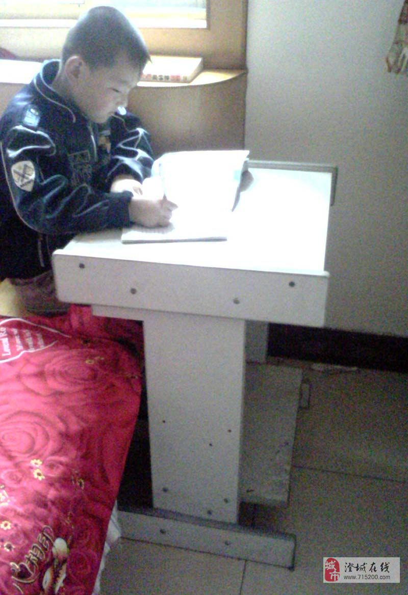 30元学生写字桌、电脑桌(批发零售)
