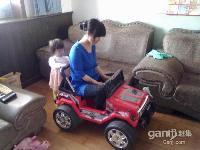 双驱儿童电动汽车