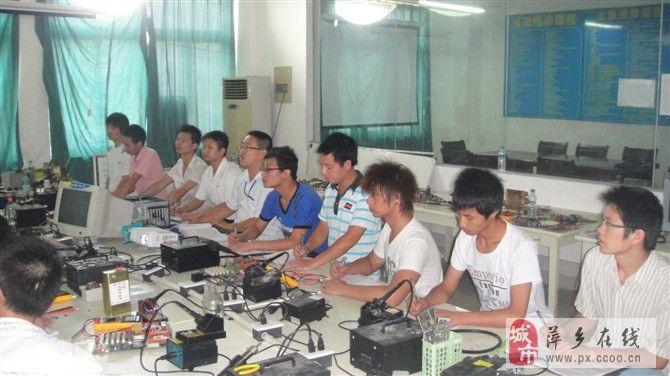 南昌電腦培訓班 南昌電腦維修培訓班 南昌IT培訓