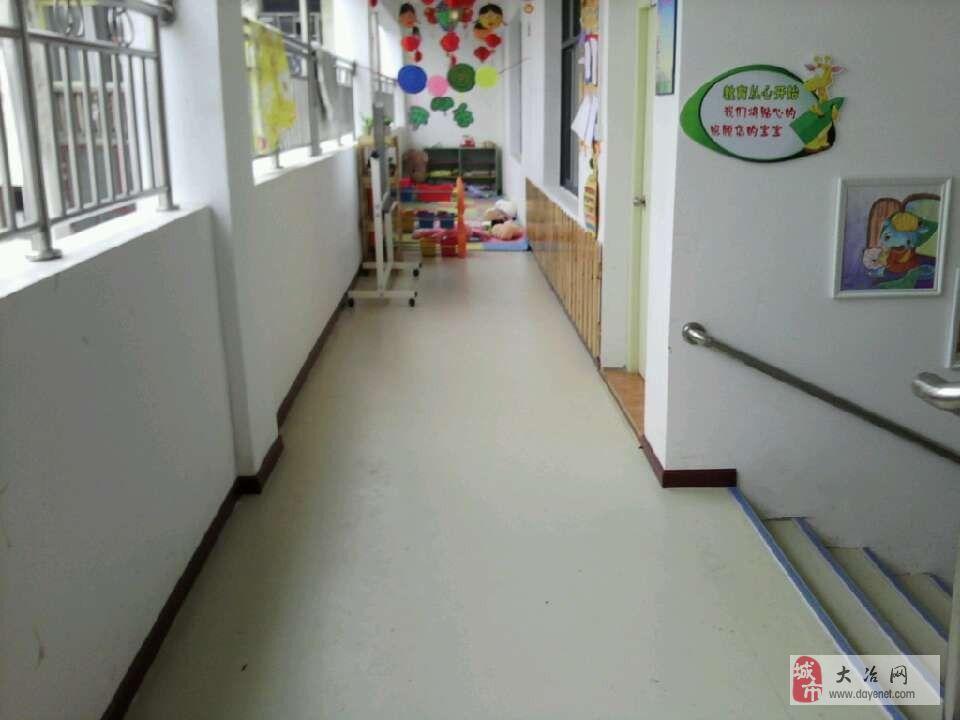 专业幼儿园装饰策划pvc地板铺装专家