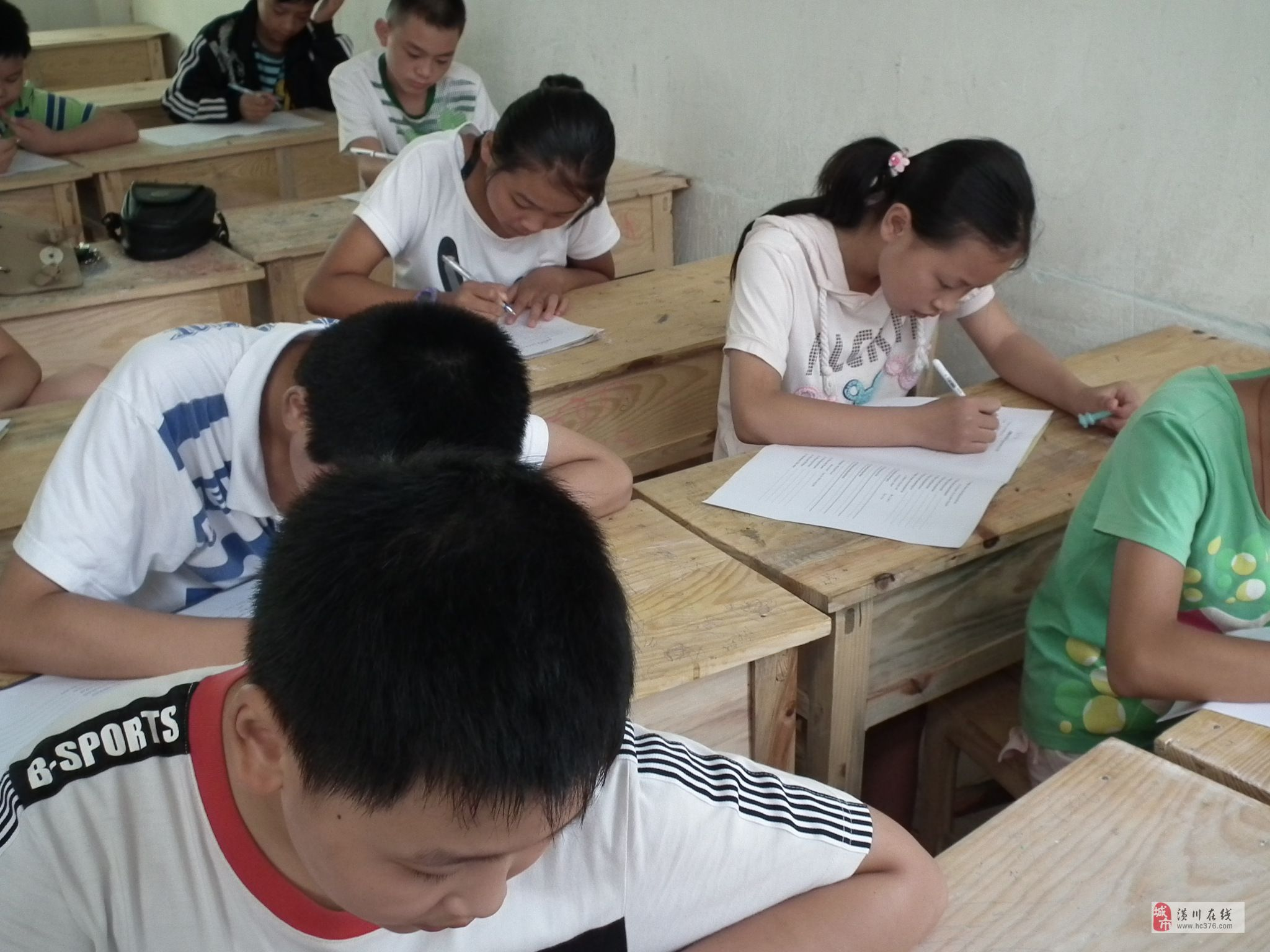百嘉新东方教育培训招聘英语,绘画老师