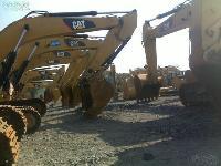 出卡特挖掘机 中机型