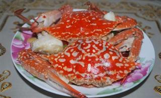 姜葱炒蟹。