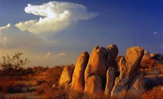 美奂绝伦的沙漠另一面