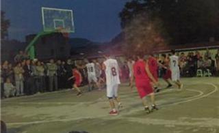 [分享]余庆县第十七届中学生篮球运动会在关心中学召开