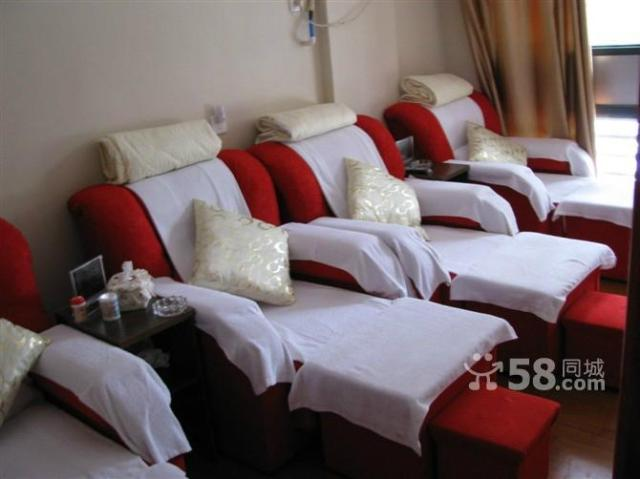 专业回收二手足疗沙发美容床按摩床