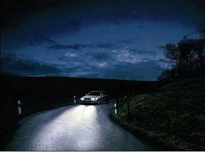 夜间行车多注意 安全最重要
