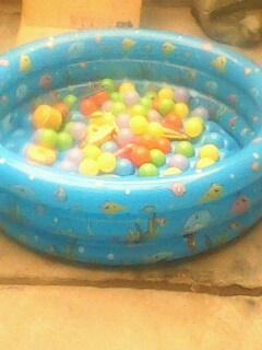 出售1米3海洋池 150十个海洋球