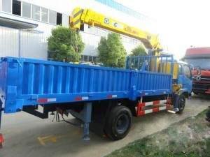 东风劲卡5吨随车吊 - 14.5万