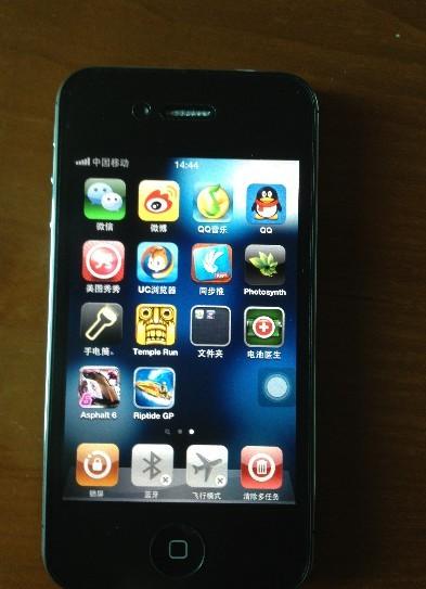 转让一台港行黑色iPhone4S/16G