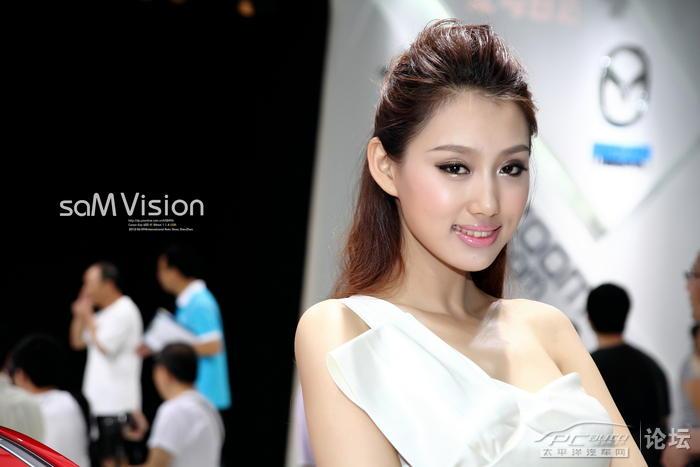2012深圳车展图片展示,众多名车美女汇聚一堂!
