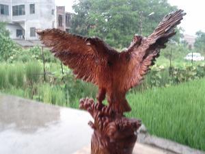 雄��展翅~雕刻作品