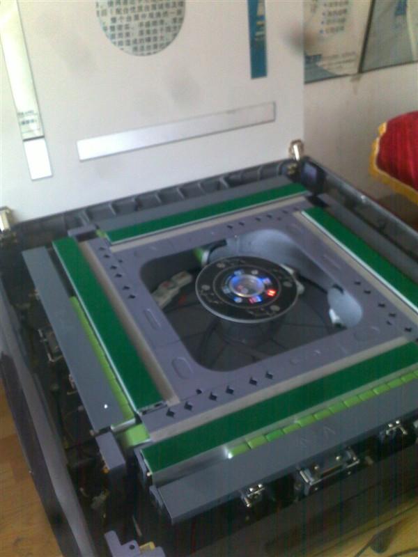 汽车底盘构造与维修 电脑维修 维修工作台高清图片