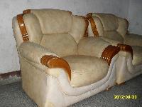 出售8成新沙发两个
