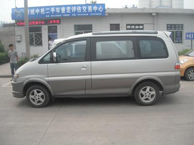 出售东风风行商务车一辆