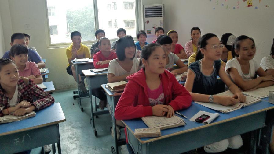 卓越教育輔導學校春季招生——專業初中英、數、物、化