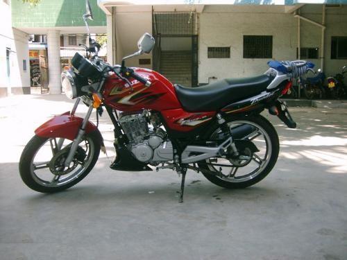 滁州转让红色豪爵铃木锐爽125摩托车