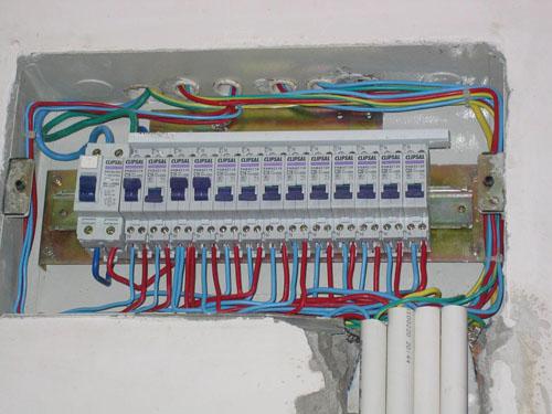 苏州沧浪区家庭电路安装灯具灯管维修电箱改造布线