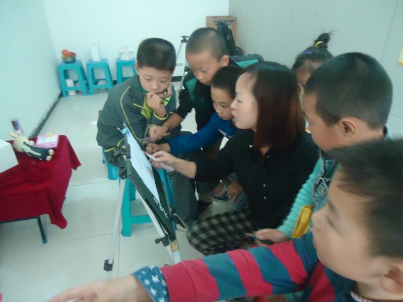 承接各幼儿园,中小学美术兴趣培训