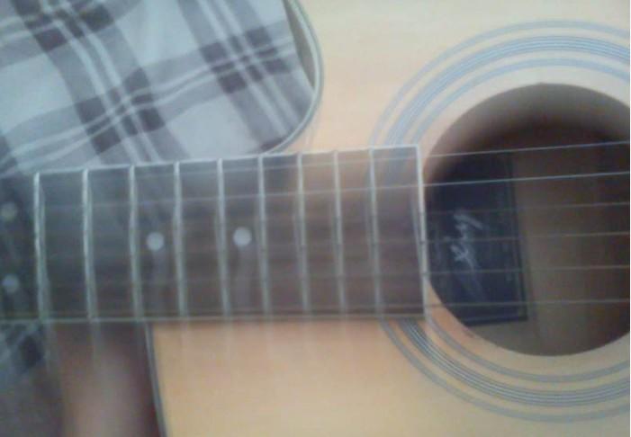 自己用的吉他 低价转了