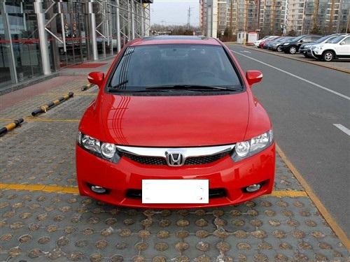 出售本田思域1.8豪华版轿车
