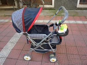小阿龙, 9成新婴儿车