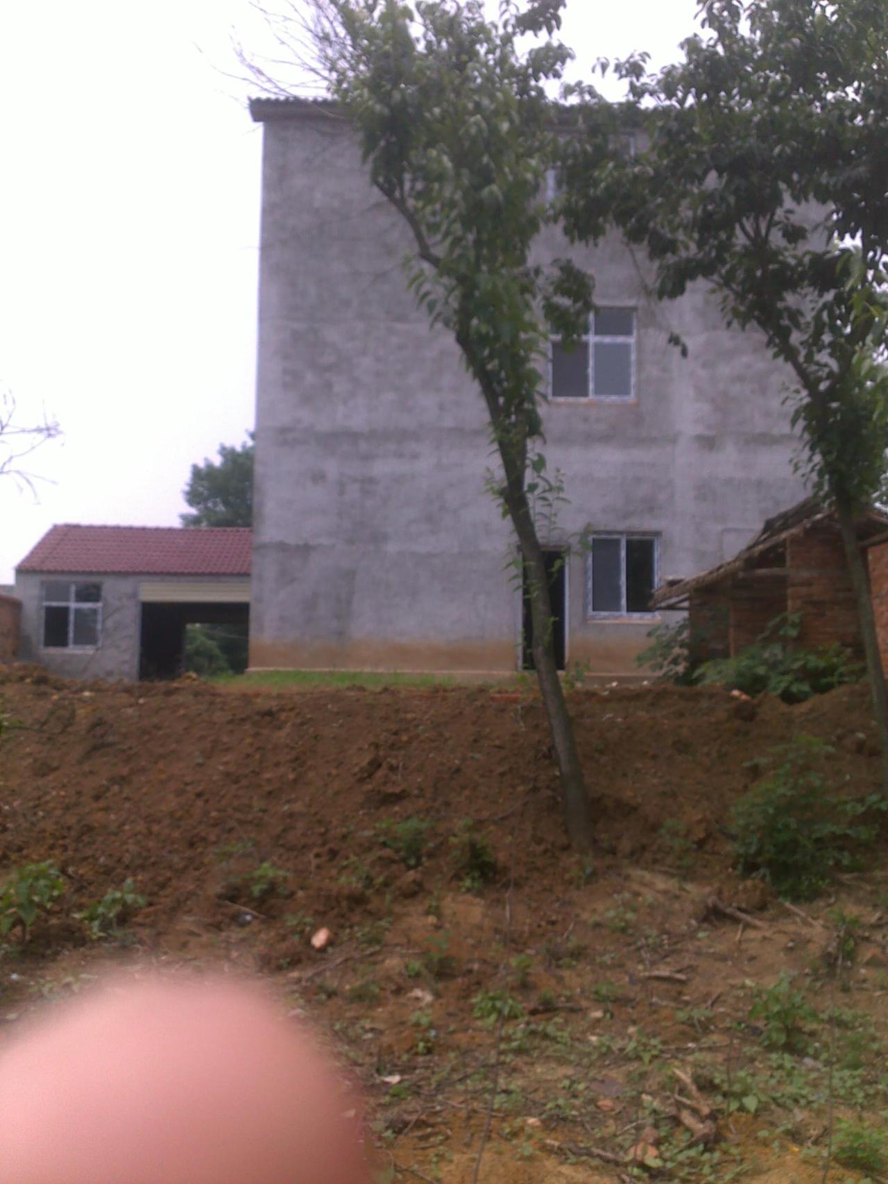 郢中高庙新建单元式3层楼房带田地5亩整体出售发布时