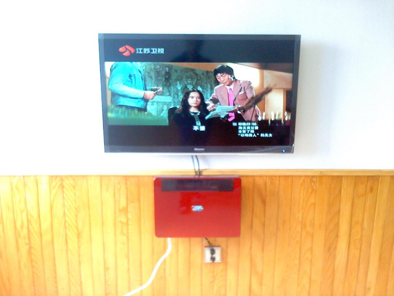 专业安装 液晶电视 机顶盒 壁挂安装