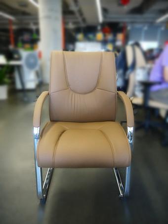 高质量的舒式真皮办公椅