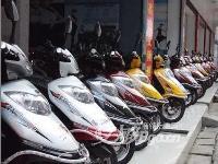 电动车有:立马,王派,狮龙,雅迪,新日,绿鸽,