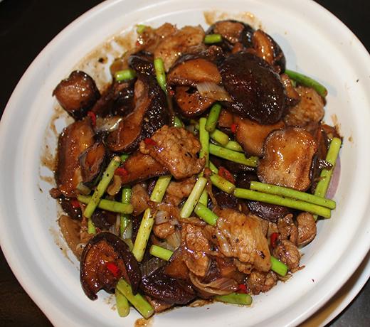 干锅鲜香菇