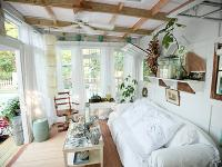 田园风格的木制小屋