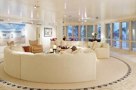 宽敞、简洁客厅