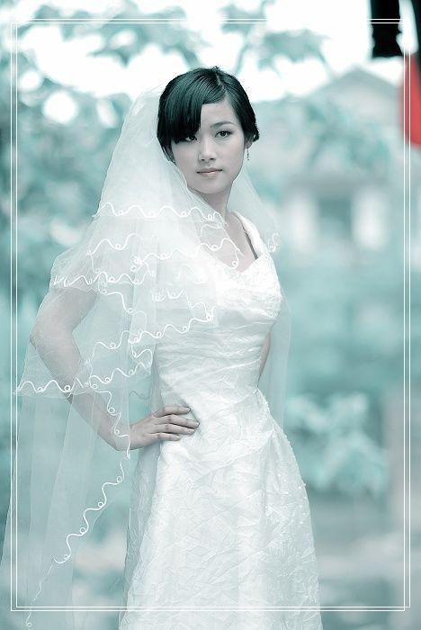 美女婚纱照