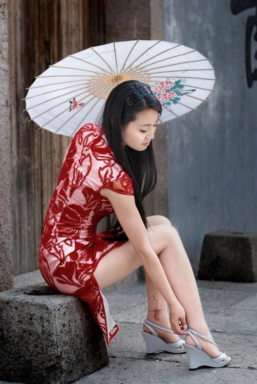 江南水乡,旗袍美女