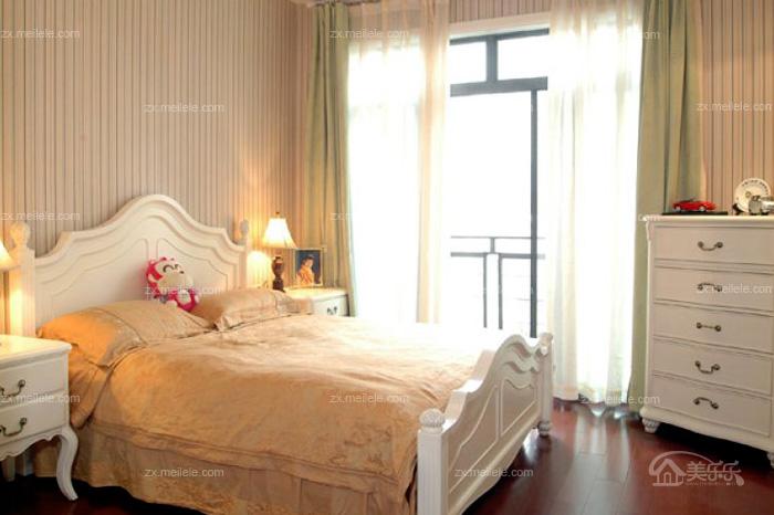 跃层式88平米居室演绎欧式田园风格跃层式88平米居室演绎欧式田园风格