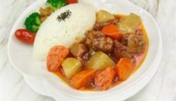 红烧牛腩套餐饭