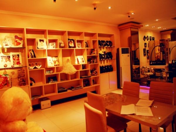国际米兰婚纱摄影店内环境