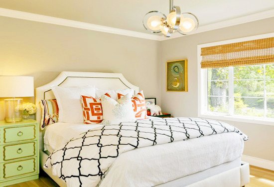 大方的欧式大床霸气十足图片