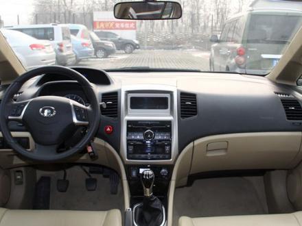 2011年11月21日,长城腾翼c50正式上市,新车共推出3款车型,售价区间