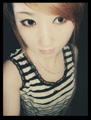 ′ ��苗,化妆师