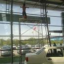 汽车4S店玻璃墙清洗