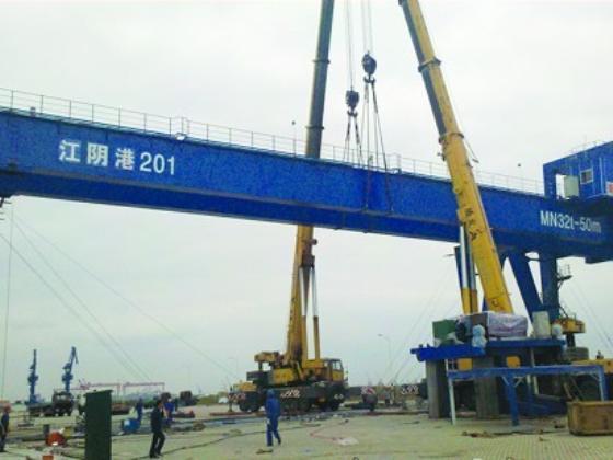 江阴港码头安装现场