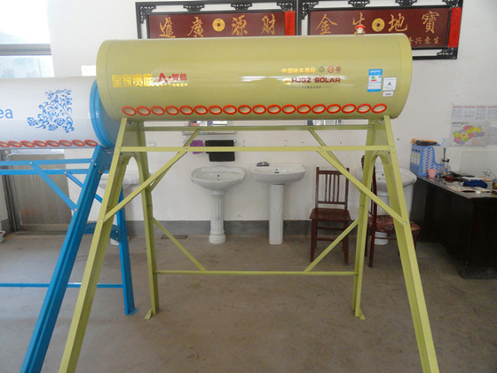 尔水咀,阀门,UPVC排水,PP-R给力管材,管件,高中档卫生洁具,