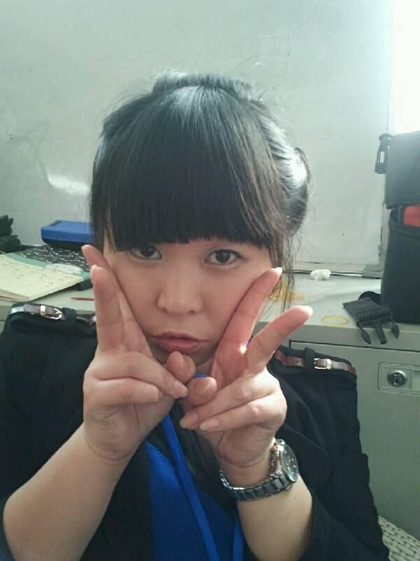 刘巧,化妆师