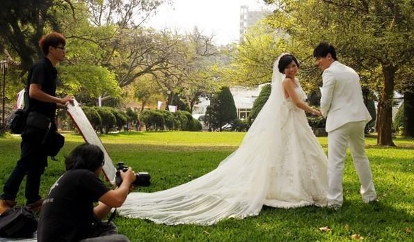 致青春 校园婚纱照回顾青葱岁月