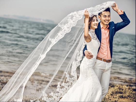 南阳珍妮花婚纱摄影