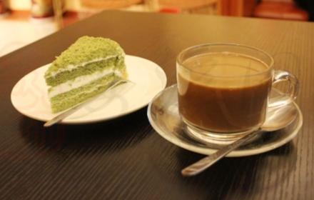 仅26.8元,享原价37元的【PapaRoti―罗蒂爸爸 安溪店】诱人蛋糕(任选1)+咖啡(任选1)!每日限量10份,每人每日限购1份!