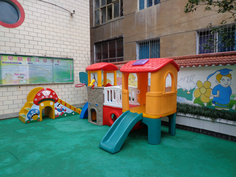 新世纪幼儿园全面装修建设完善