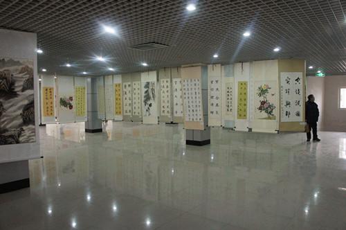 北票市举办2013年迎新春书画展图片